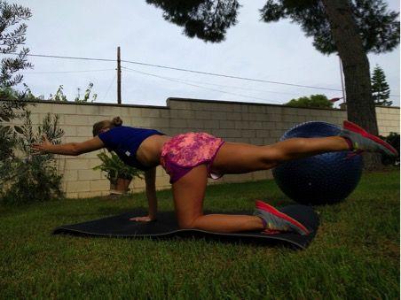 ejercicios de pilates en 4 patas