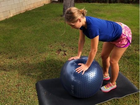 ejercicio de pilates con fitball